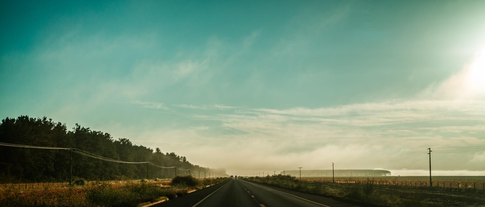 Fotografie eines wunderschönen Highways.